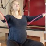 cours gym femme enceinte : PILATES et maternité Paris